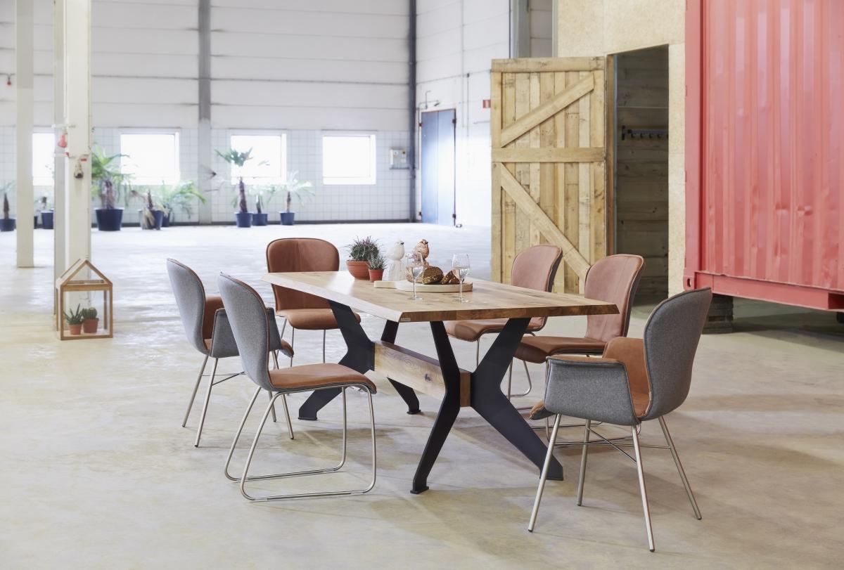 Stoelen barkrukken wonen poppels meubelhuis for Stoelen keuken